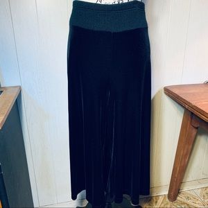 Spiegel Velvet Palazzo Pants with Wide Waistband